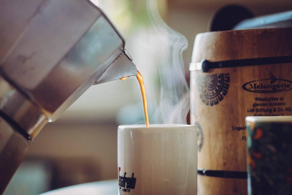 Making Regular Coffee
